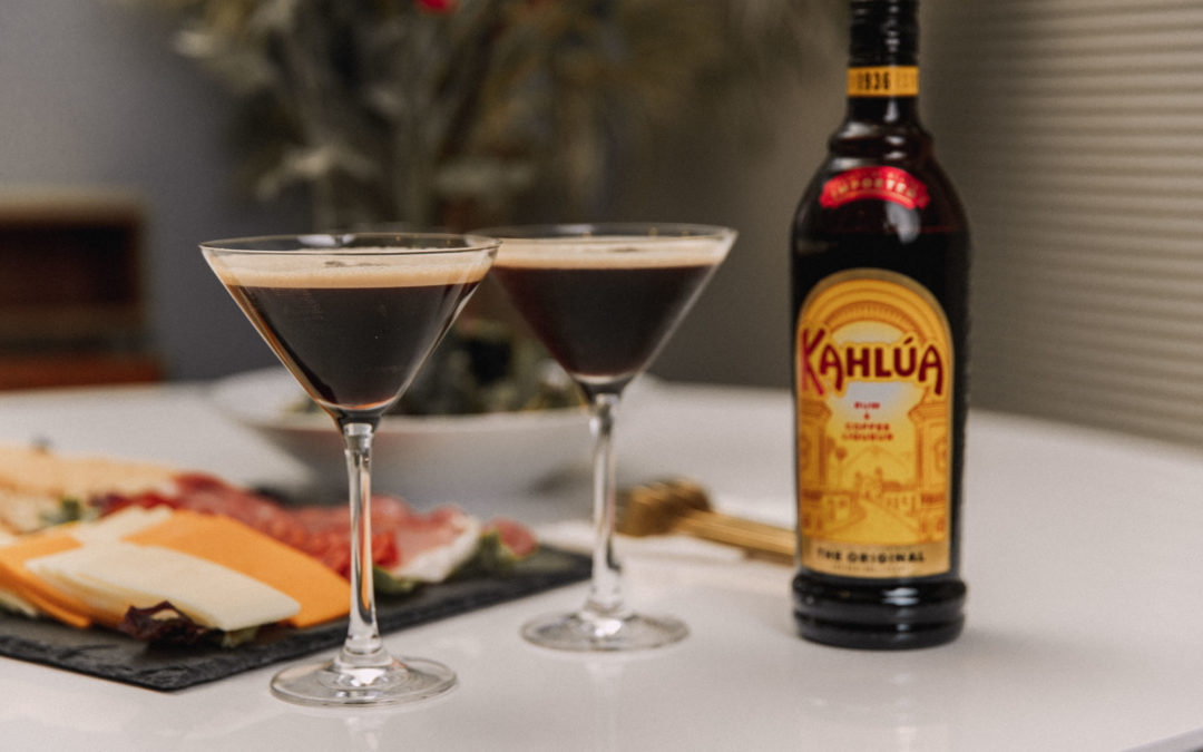 Holiday Dinner Idea ft. Simple & Festive Kahlúa Cold Brew Martini Recipe