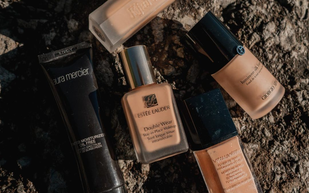 Best 5 Foundations for Natural and Dewy Skin – My 5 Favorite Brushes & Sponges